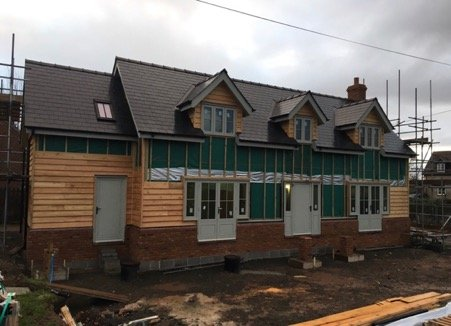 Mistletoe Cottage takes shape
