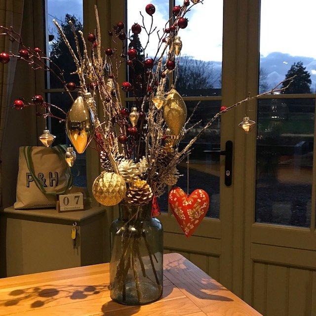Mistletoe House Christmas 2